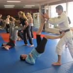 women-self-defense-3-590x432
